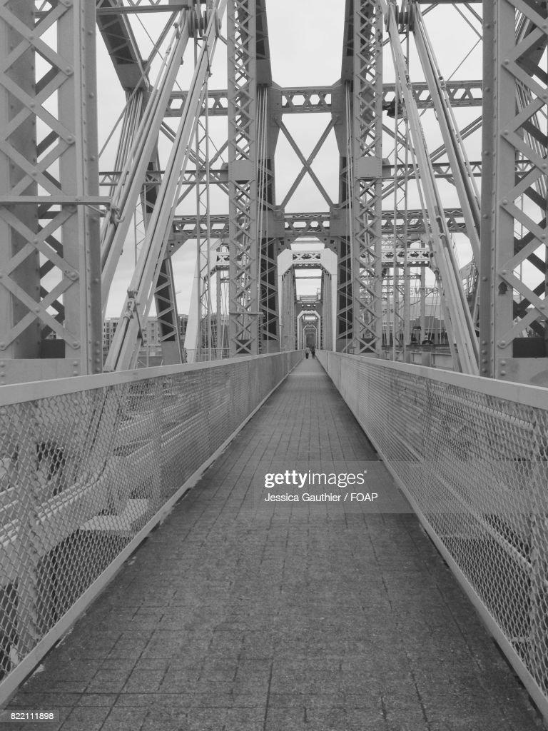 View of empty bridge : Stock Photo