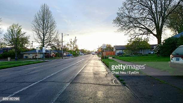 view of empty road - corvallis stock pictures, royalty-free photos & images