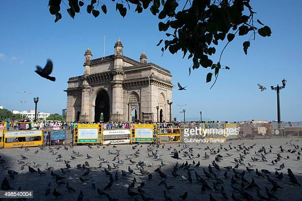 A view of Gateway of India in south Mumbai Built to commemorate the visit of King George V and Queen Mary to Mumbai prior to the Delhi Durbar in...
