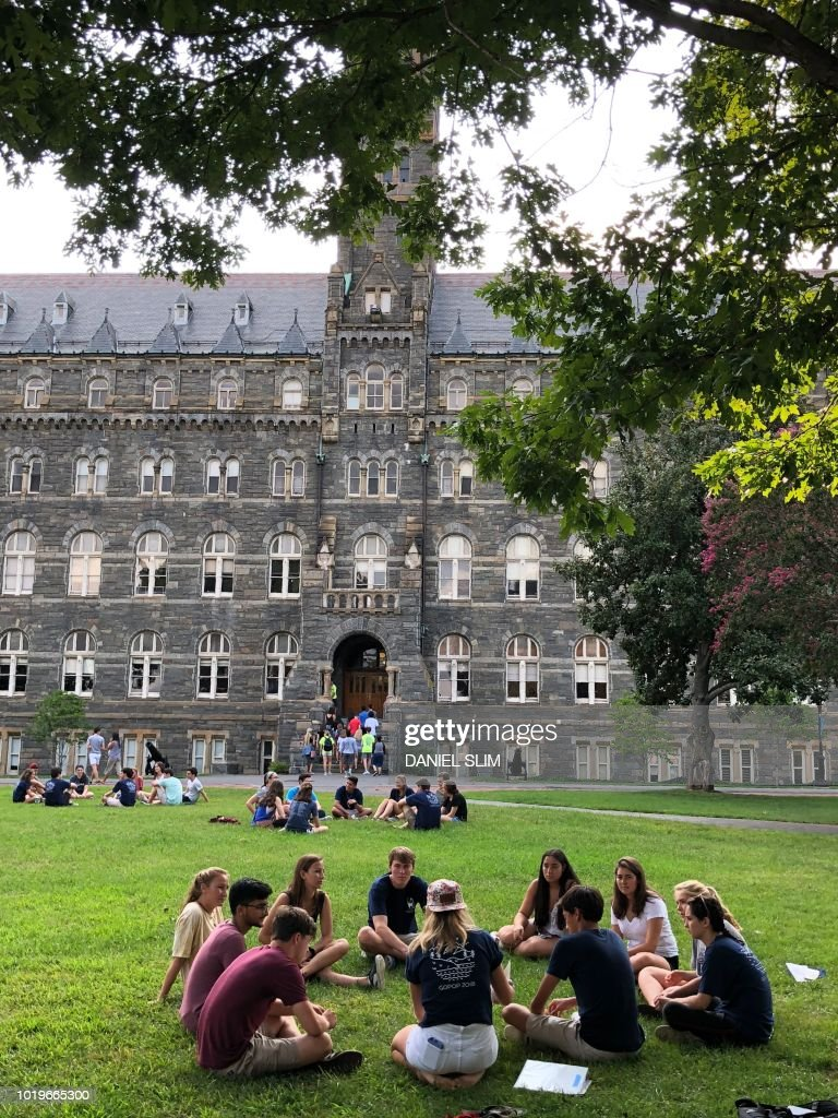 Campus: on Looks saina georgetown university exclusive photo