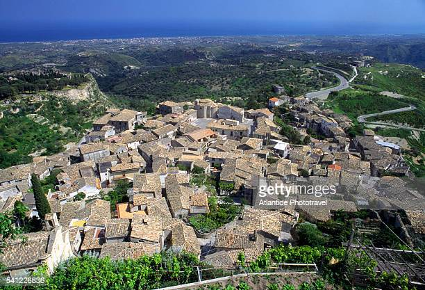 view of gerace - reggio calabria stock pictures, royalty-free photos & images