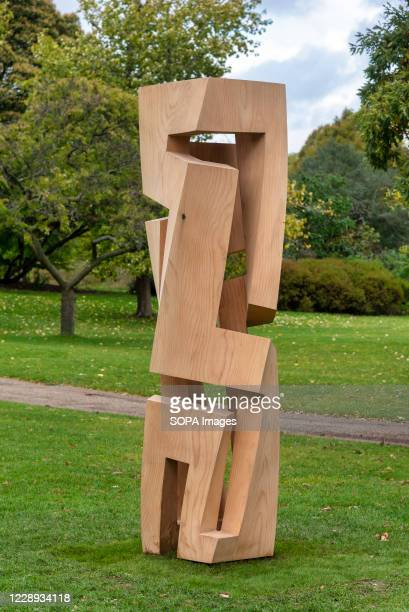 View of Gianpietro Carlessos Torre di Saba sculpture during the Frieze Sculpture 2020 exhibition at Regent's Park.