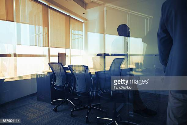 view of glass reflection in business office during meeting - focus on background stock pictures, royalty-free photos & images