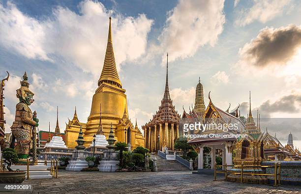 CONTENT] View of Grand Stupa and Phra ubosot of Wat Phra Kaew with Tosakan Wat Phra Kaew or Temple of the Emerald Buddha is regarded as the most...