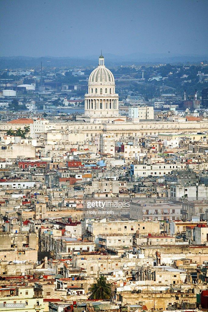 View of Havana's Capitolio. : Photo