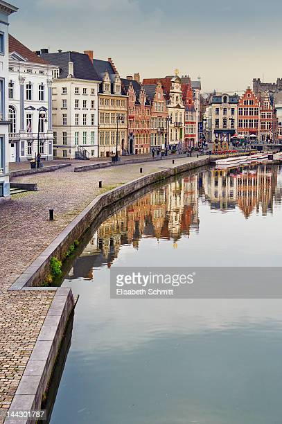 view of historical centre of ghent - ベルギー ゲント ストックフォトと画像