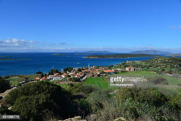 view of ildir village, cesme,izmir - emreturanphoto stock-fotos und bilder
