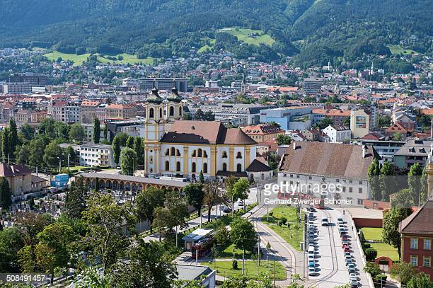 view of innsbruck, wiltern district with the wilten basilica, wilten abbey and cemetery, capital of tyrol, northern chain, alps, austria, europe, publicground - バシリカ ストックフォトと画像
