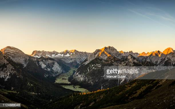 view of karwendel region, hinterriss, tirol, austria - karwendel mountains stock pictures, royalty-free photos & images