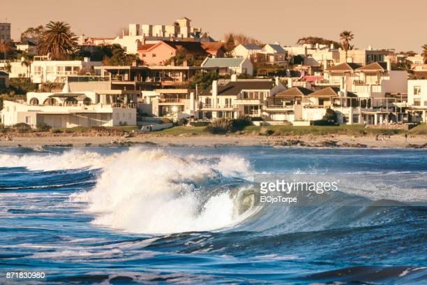 view of la barra beach, punta del este, uruguay - maldonado uruguay stock pictures, royalty-free photos & images