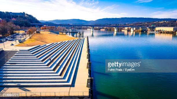 view of lake against sky - chattanooga stock pictures, royalty-free photos & images