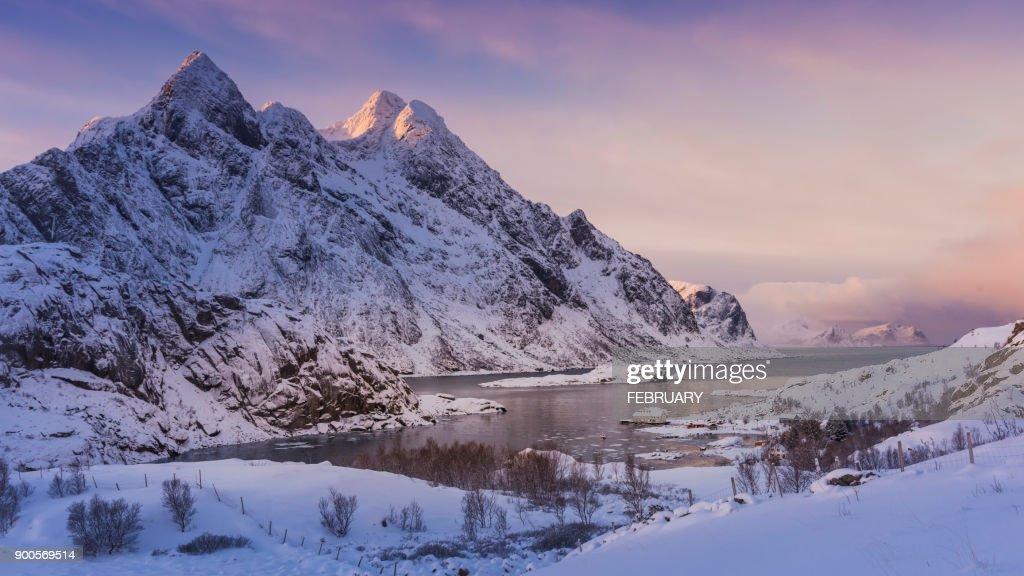 View of Lofoten in winter, Norway : Foto de stock