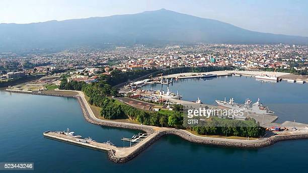 A view of main port leading to the Equatorial Guinea capital Malabo on April 22 2016 / AFP / STR