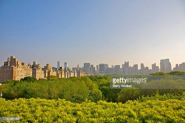 view of manhattan's central park as well as the east side and central park south in late afternoon, new york city - metropolitan museum of art new york city stock pictures, royalty-free photos & images