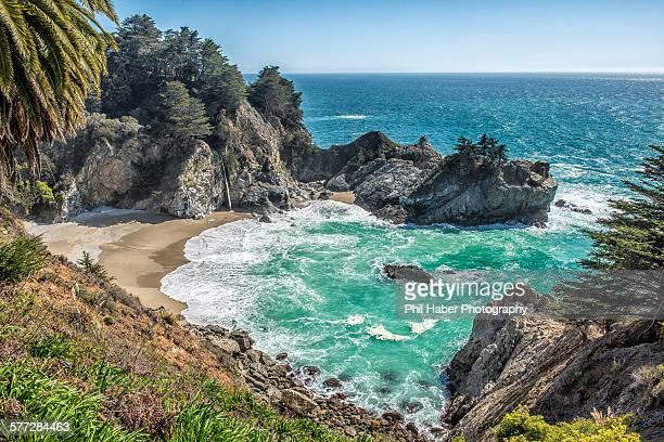view of mcway cove, big sur - phil haber stock pictures, royalty-free photos & images