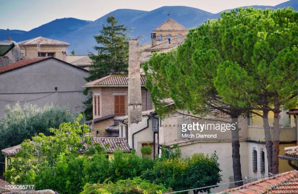 view of medieval montefalco itay - モンテファルコ ストックフォトと画像