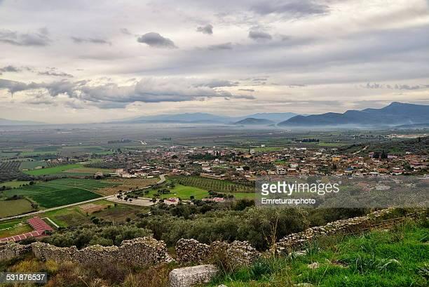 view of metropolis walls and torbali plain - emreturanphoto stockfoto's en -beelden