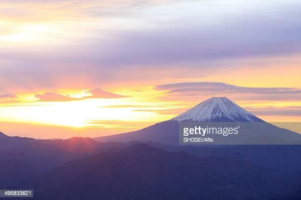 view of mount fuji, japan - 一月 ストックフォトと画像