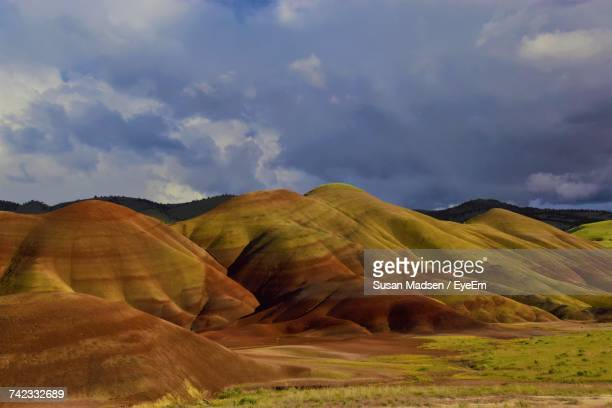 view of mountain against cloudy sky - fossil site stock pictures, royalty-free photos & images