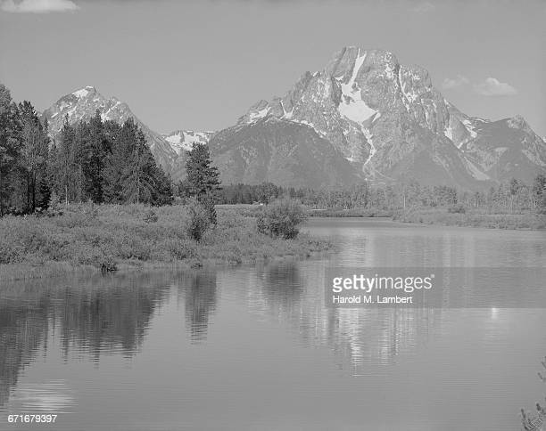 view of mountain and river - {{ contactusnotification.cta }} stock pictures, royalty-free photos & images