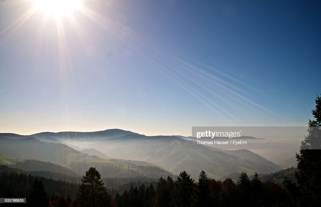 View Of Mountain In Sunlight : Foto stock