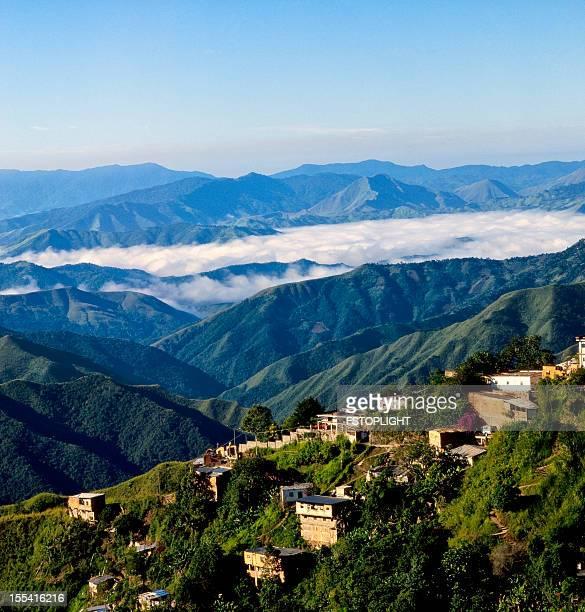 Vista da Cidade de montanha no Miranda estado, Venezuela