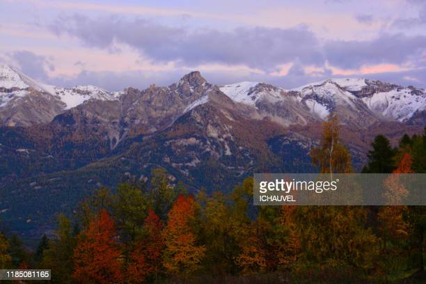 view of mountains ,alps  france - octobre photos et images de collection