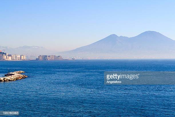 view of naples city panorama with vesuvious and castel dell'ovo - mt vesuvius stock pictures, royalty-free photos & images