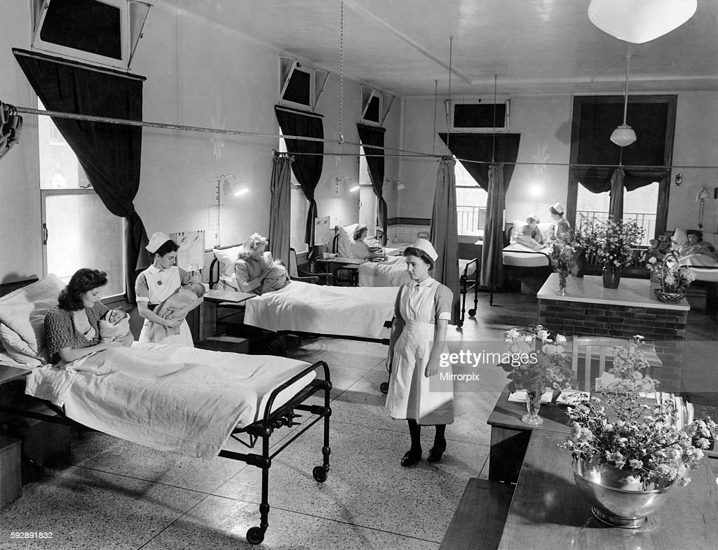 View of nurses and patients on Maternity Ward C at University College Hospital October 1943 P009385 : News Photo