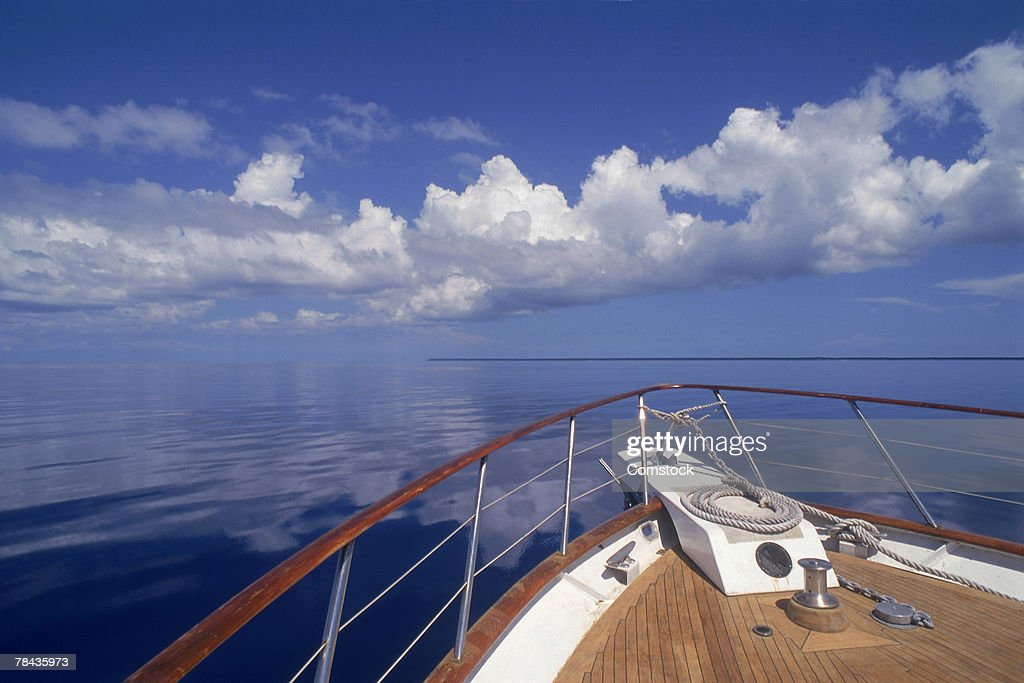 View of ocean from bow of boat : Stockfoto