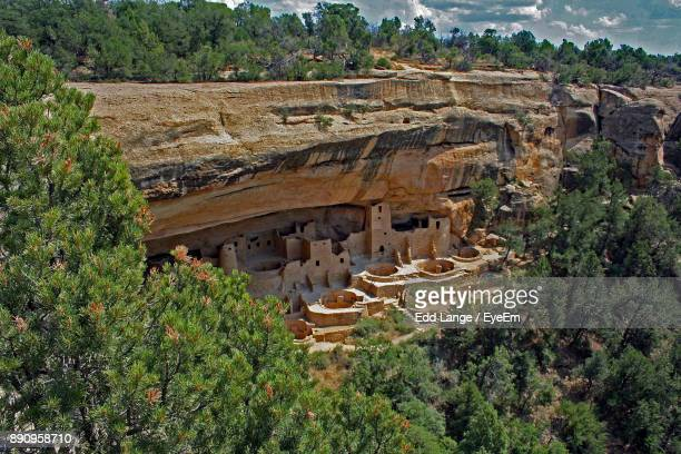view of old ruins - mesa verde national park stock pictures, royalty-free photos & images