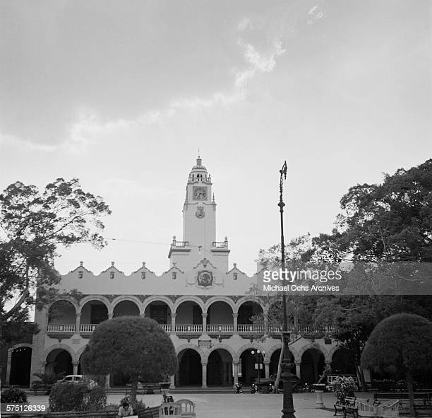 A view of Palacio Municipal frente a la Plaza Principal in Merida Mexico