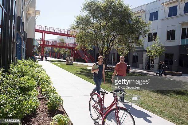 A view of people walking on the campus on April 23 2013 in Menlo Park United States