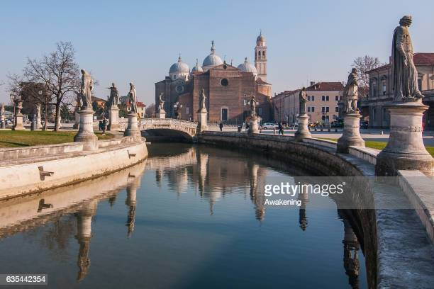 View of 'Piazza delle Erbe' next to the Antonio Ferrari restaurant on February 15, 2017 in Padova, Italy. The restaurant offers a 5% discount off the...