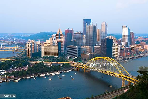view of pittsburgh, pennsylvania skyline during the day - pittsburgh stock pictures, royalty-free photos & images