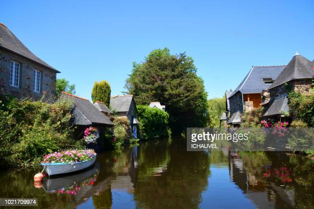 view of pontrieux brittany france - cotes d'armor stock photos and pictures