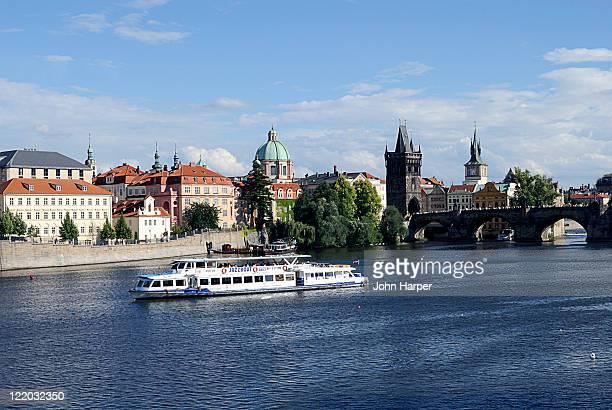 view of prague, czech republic - vltava river stock pictures, royalty-free photos & images
