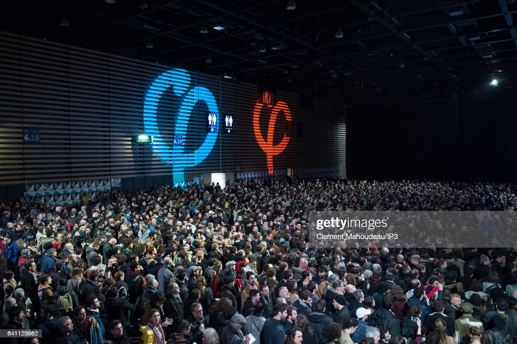 Jean-Luc Melenchon Rally In Lyon Live Streamed In Paris Via Hologram : News Photo
