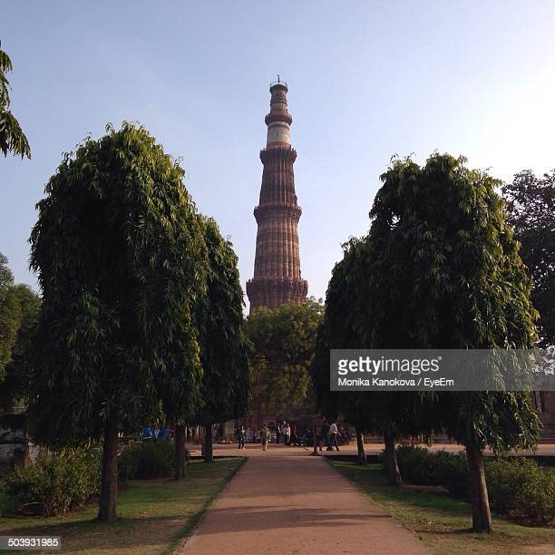 View of Qutub Minar tower against clear sky