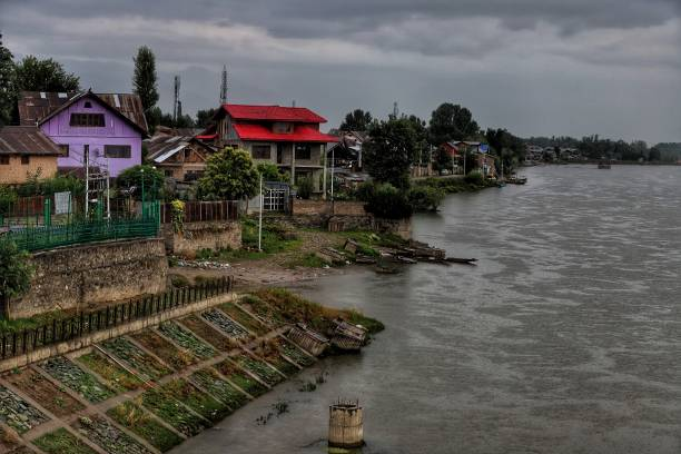IND: Water Level Increased After Rainfall In Kashmir