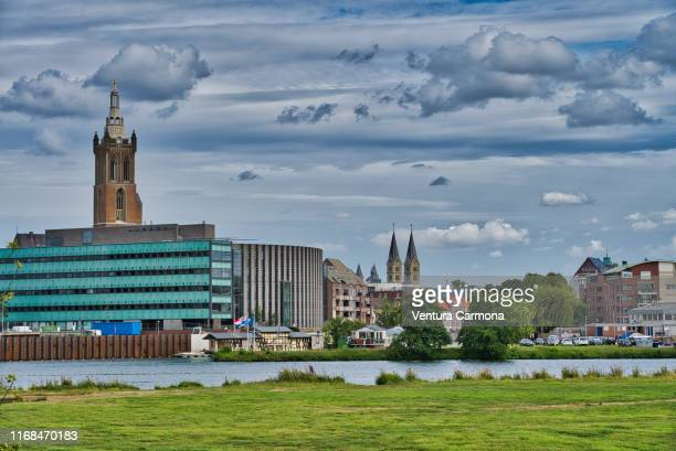 view of roermond across the meuse river - netherlands - オランダ リンブルフ州 ストックフォトと画像