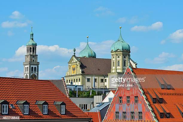 view of rooftops - augsburg zwaben stockfoto's en -beelden