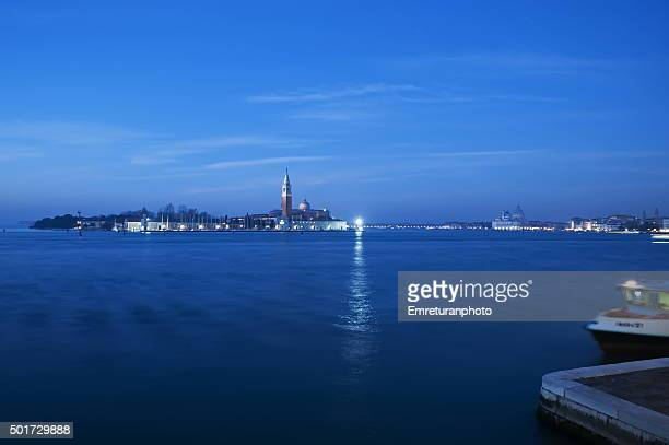 view of san giorgio maggiore island at dawn in venice - emreturanphoto stock pictures, royalty-free photos & images
