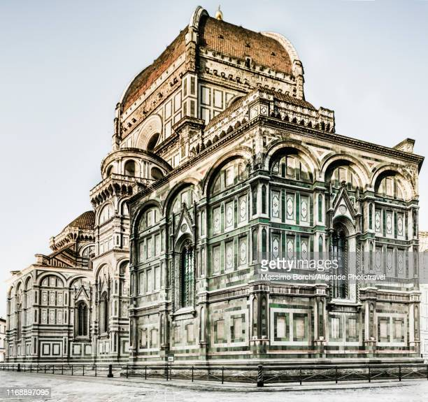 view of santa maria del fiore cathedral (duomo) - image stock pictures, royalty-free photos & images