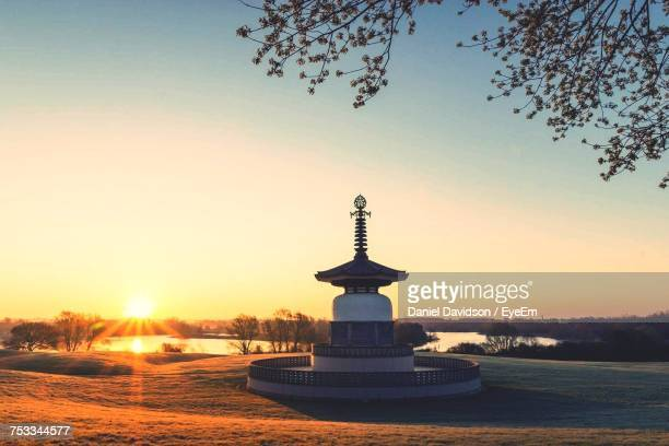 view of sea against sky during sunset - milton keynes stock pictures, royalty-free photos & images