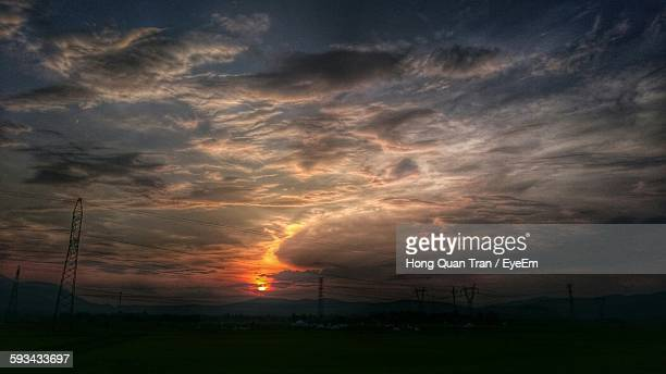 view of sky at sunset - hong quan stock pictures, royalty-free photos & images