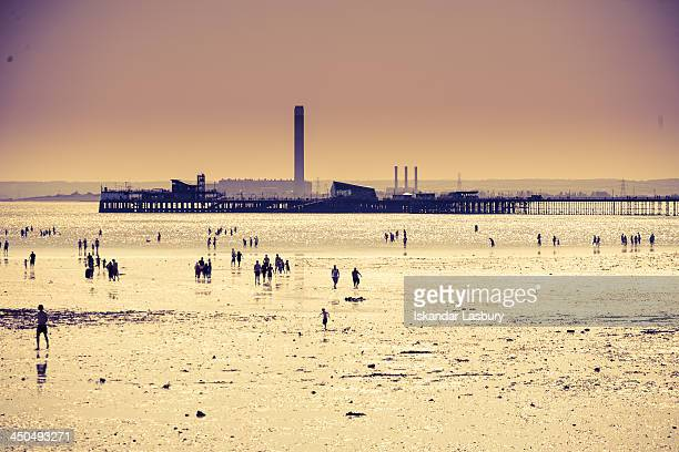 CONTENT] View of Southend Pier and the Isle of Grain from Southend