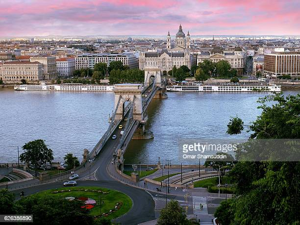 view of szecheni chain bridge, across the danube from the buda castle hill - omar shamsuddin stock pictures, royalty-free photos & images