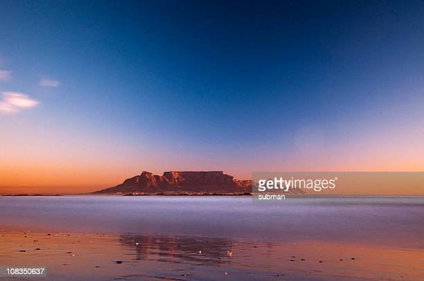 view of table mountain - table mountain stock pictures, royalty-free photos & images