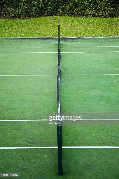 view of tennis court and net from sidelines - match point scoring stock pictures, royalty-free photos & images